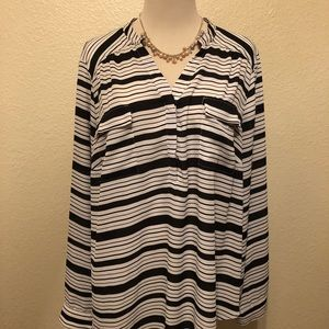 Torrid white and black striped blouse 2X